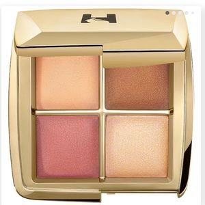 SEPHORA HOURGLASS AMBIENT POWER